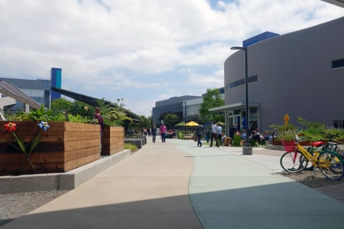 The main Googleplex quad